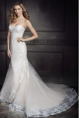 Sheath Maxi Beaded Sweetheart Lace&Tulle Wedding Dress With Appliques And V Back