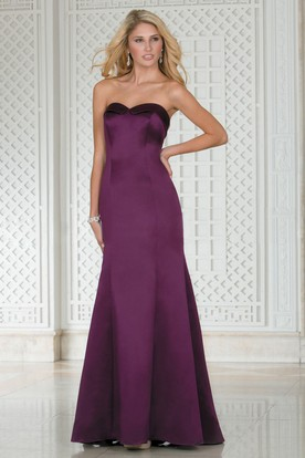 Sweetheart Mermaid Satin Bridesmaid Dress With Pleats