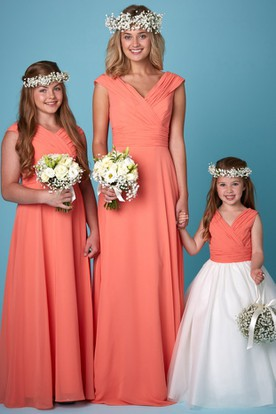 Floor-Length V-Neck Ruched Short Sleeve Chiffon Bridesmaid Dress