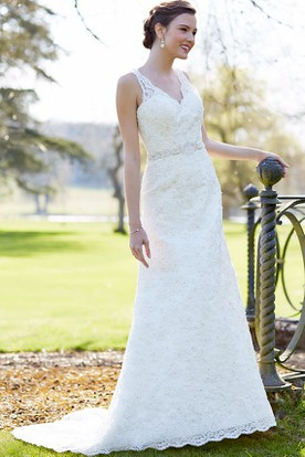 Sheath Floor-Length Sleeveless Appliqued V-Neck Lace Wedding Dress With Waist Jewellery