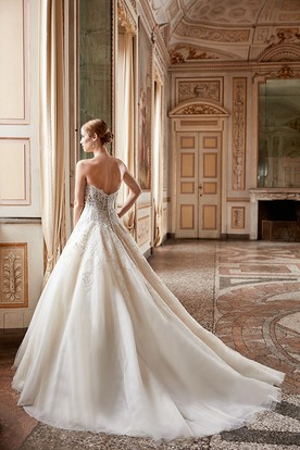 Ball Gown Sweetheart Long Tulle&Lace Wedding Dress With Appliques And V Back
