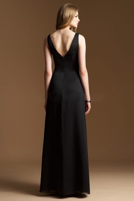 Sleeveless V-Neck A-Line Long Bridesmaid Dress With Jewels And V-Back