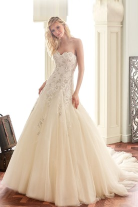 A-Line Appliqued Sleeveless Sweetheart Long Tulle&Lace Wedding Dress