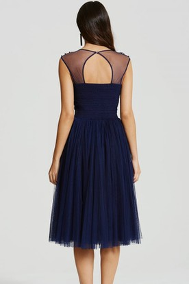Tea-Length Beaded Scoop Neck Sleeveless Tulle Bridesmaid Dress