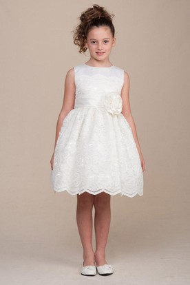 Tea-Length Pleated Floral Lace&Satin Flower Girl Dress With Ribbon