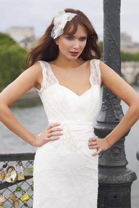 Floor-Length V-Neck Sleeveless Beaded Lace Wedding Dress With Flower And Bow