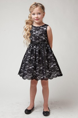 Split Knee-Length Tiered Lace Flower Girl Dress