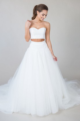 A-Line Sweetheart Long Tulle Wedding Dress With V Back