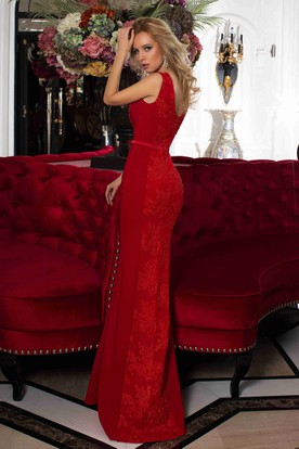 Pencil Appliqued Floor-Length Bateau Sleeveless Lace Prom Dress With Low-V Back