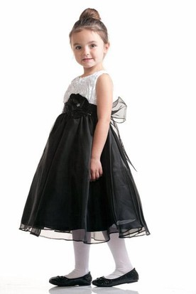 Tea-Length Sleeveless Bowed Organza&Taffeta Flower Girl Dress