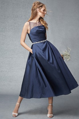 Tea-Length Sleeveless Ruched Scoop Neck Satin Bridesmaid Dress
