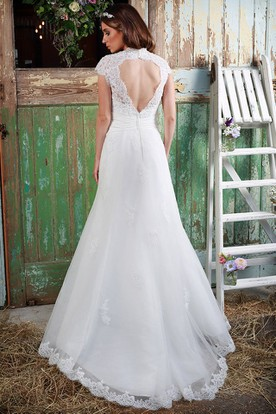 A-Line Beaded V-Neck Cap-Sleeve Lace Wedding Dress With Keyhole