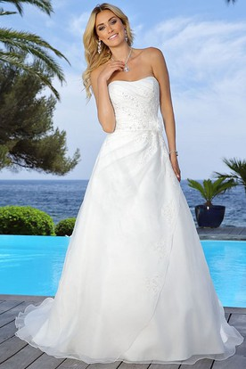 Strapless Floor-Length Appliqued Draped Satin Wedding Dress With Flower And Cape