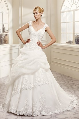 Ball Gown V-Neck Cap-Sleeve Organza&Lace Wedding Dress With Illusion