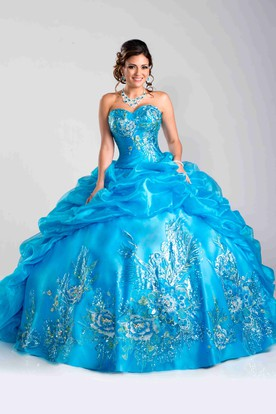 Picturesque Ball Gown With Sweetheart Neck And Sequin Embellishment