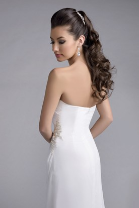 Strapless Sheath Chiffon Wedding Dress With Side Draping And Crystal Brooch