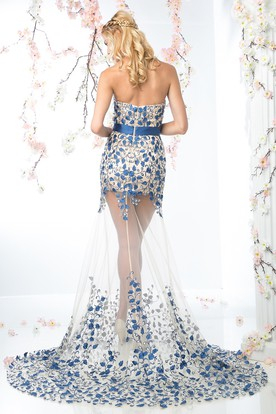 Sheath Sweetheart Sleeveless Tulle Court Train Dress With Beading And Appliques