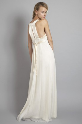 Long V-Neck Empire Bowed Chiffon Wedding Dress With Pleats