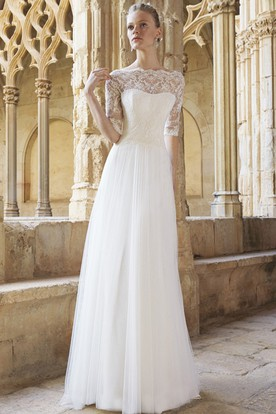 A-Line Floor-Length Half Sleeve Lace Bateau Neck Tulle Wedding Dress