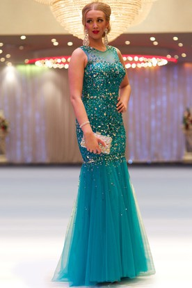 Sheath Beaded Long Sleeveless Scoop-Neck Tulle Prom Dress With Pleats