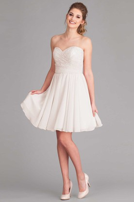 Knee-Length Sweetheart Lace Sleeveless Chiffon Wedding Dress