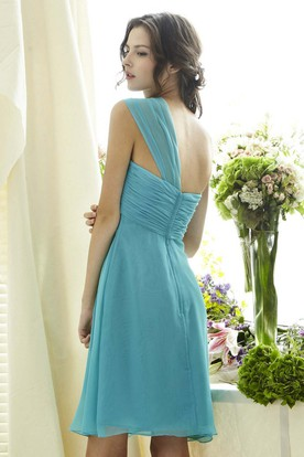 65d58a87005 A-Line Short Ruched One-Shoulder Sleeveless Chiffon Bridesmaid Dress