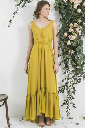 High-Low Sleeveless V-Neck Pleated Chiffon Bridesmaid Dress With Sash