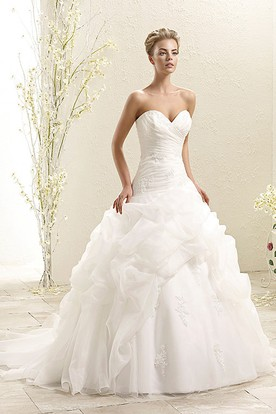 Ball Gown Ruffled Sweetheart Floor-Length Organza Wedding Dress With Criss Cross And Appliques