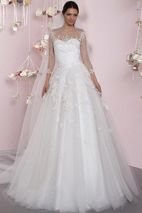 A-Line Maxi 3-4 Sleeve Appliqued Scoop Neck Tulle Wedding Dress