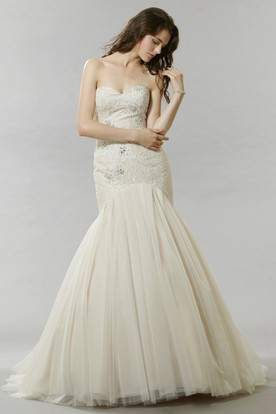 Trumpet Sweetheart Maxi Tulle Wedding Dress With Beading And V Back