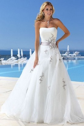 A-Line Strapless Appliqued Tulle Wedding Dress With Flower