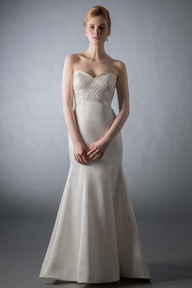 Floor-Length Sheath Sweetheart Sleeveless Beaded Satin Wedding Dress