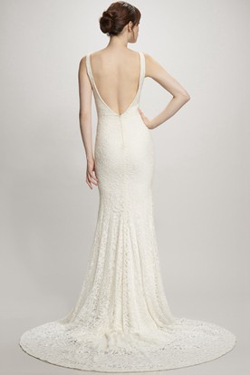 Maxi Scoop Lace Wedding Dress With Court Train And V Back