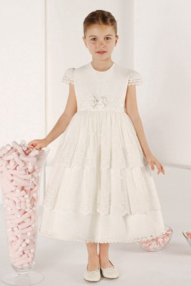 A-Line Scoop-Neck Tea-Length Short-Sleeve Tiered Lace Flower Girl Dress With Bow
