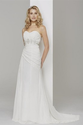 Floor-Length Sweetheart Ruched Chiffon Wedding Dress With Brush Train