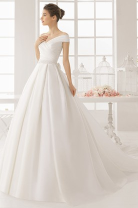 Ball Gown Off-The-Shoulder Sleeveless Satin Wedding Dress With Ruching