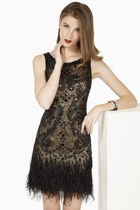 Scoop Neck A-Line Mini Lace Prom Dress With Feather And Crystal