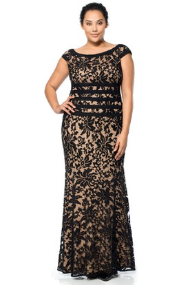 Cap Sleeve Scoop Neck Lace Evening Dress