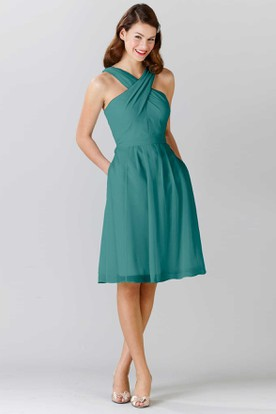 Knee-Length Halter Sleeveless Ruched Chiffon Bridesmaid Dress With Bow