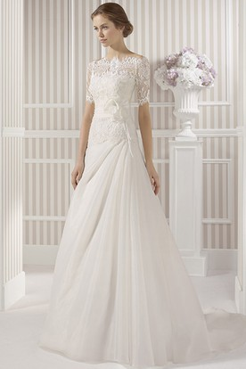 A-Line Bateau Neck Appliqued Sleeveless Tulle Wedding Dress