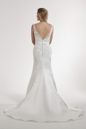 Sheath Floor-Length V-Neck Appliqued Sleeveless Satin Wedding Dress With Low-V Back And Court Train