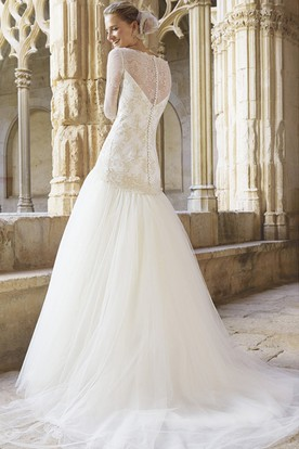 A-Line Long Sleeve Bateau Neck Appliqued Dropped Tulle Wedding Dress
