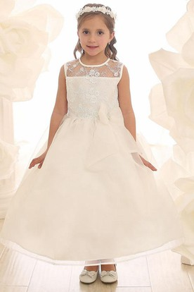 Tea-Length Floral Bowed Lace&Organza Flower Girl Dress With Illusion