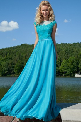 Long Appliqued Jewel-Neck Cap-Sleeve Chiffon Prom Dress With Bow