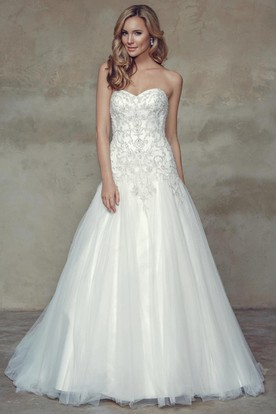 A-Line Long Sweetheart Tulle Wedding Dress With Crystal Detailing And Corset Back