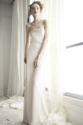 Sheath Strapless Sleeveless Bowed Floor-Length Wedding Dress With Backless Style And Brush Train