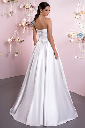 Ball Gown Sweetheart Satin Wedding Dress With Ruching And Lace Up