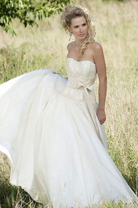 Strapless Long Appliqued Chiffon Wedding Dress With Bow