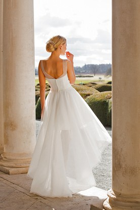 Sleeveless High-Low Draped Scoop-Neck Chiffon Wedding Dress With Criss Cross And V Back