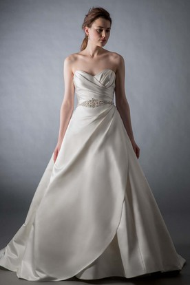 A-Line Sweetheart Criss-Cross Sleeveless Satin Wedding Dress